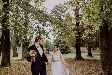 DIY Herbsthochzeit von Elisa + Paul auf The Little Wedding Corner veröffentlicht
