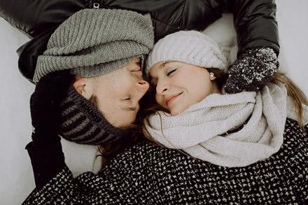 Paarfotos im Schnee ↟ Fotoshooting am Rennsteig